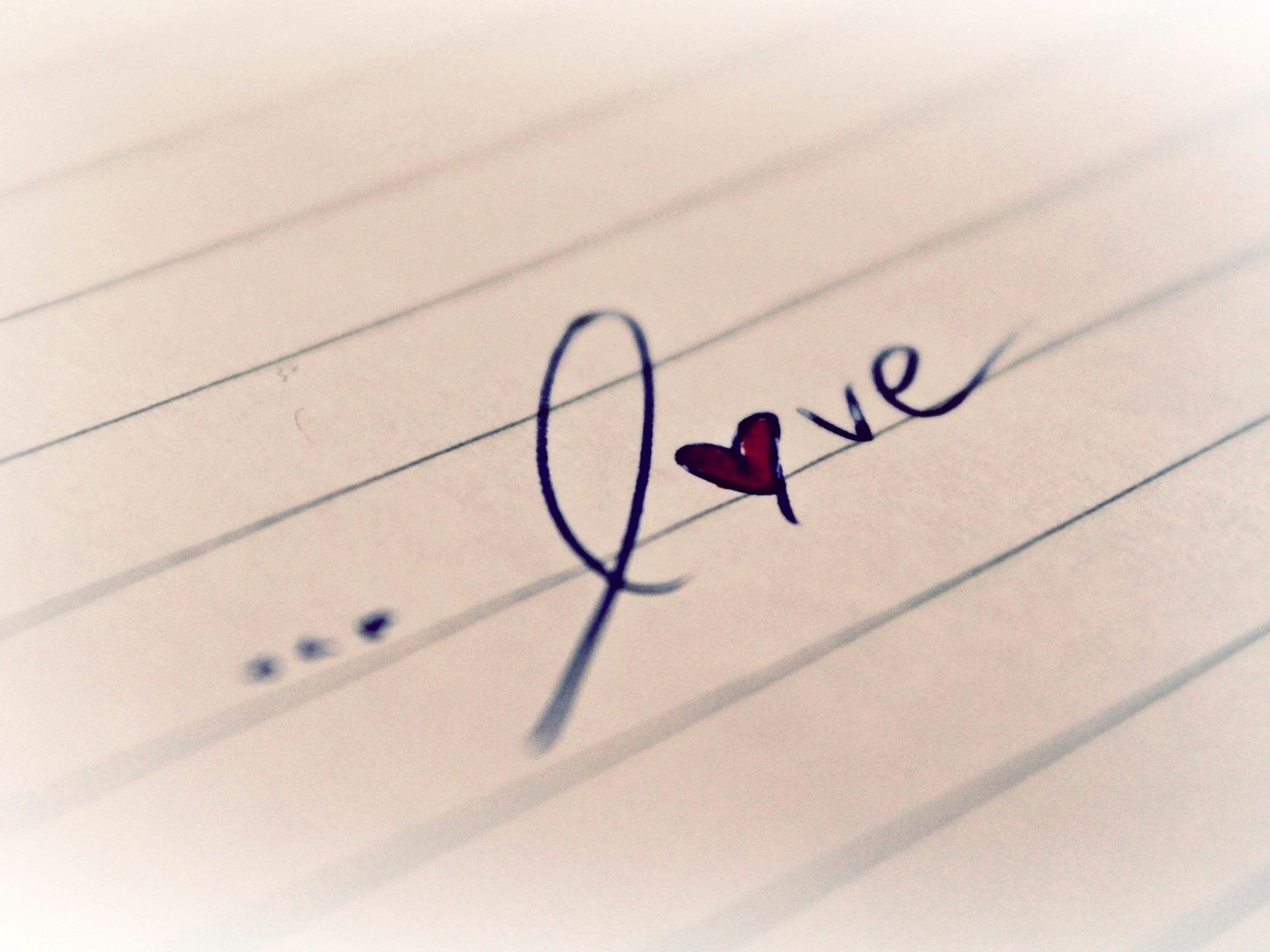 love-771009_1920