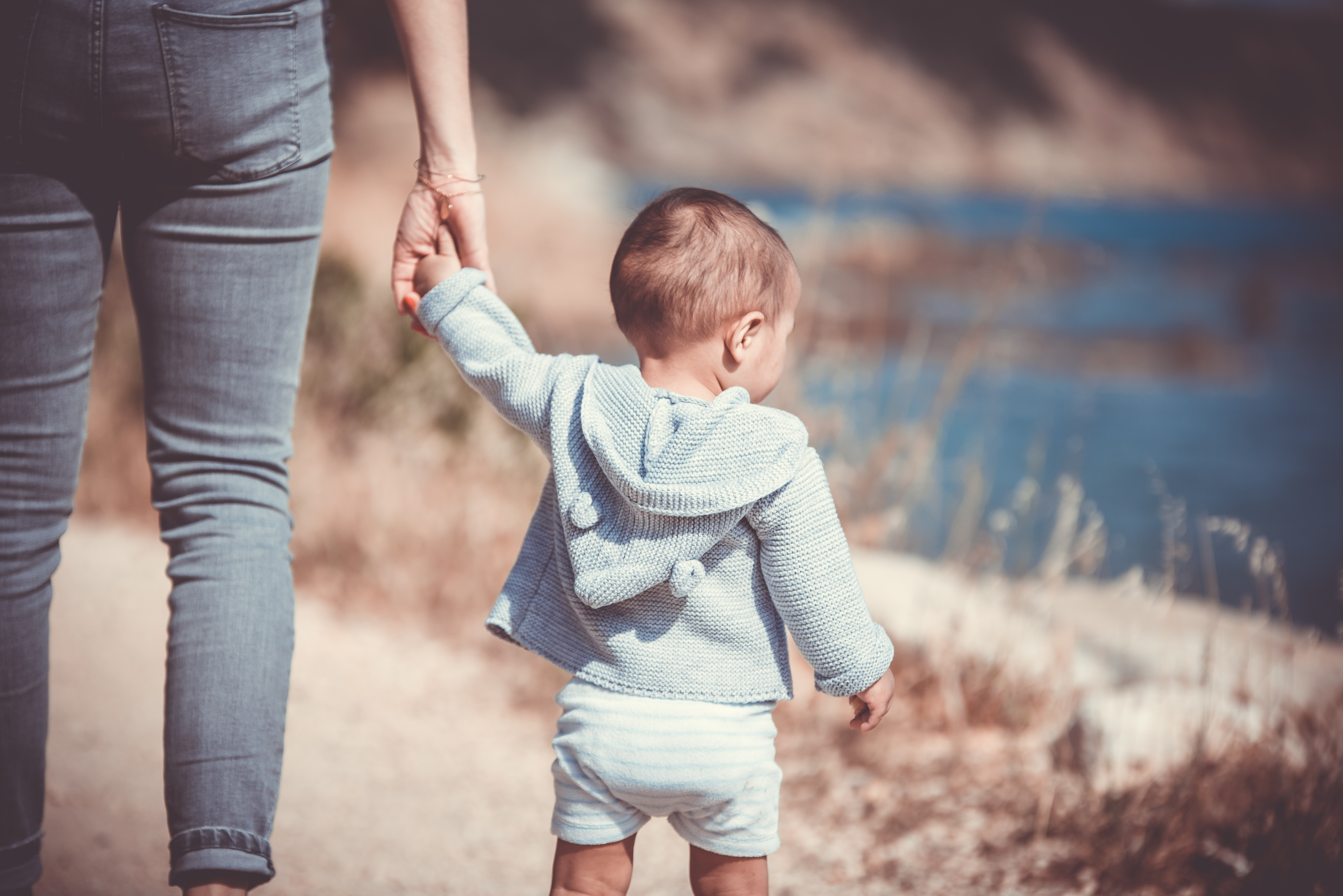 Overcoming The Major Struggles of Being A Single Mom (Guest Post Days)