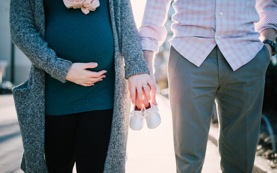 10 Things No One Tells You About Having a Baby in Your First Year of Marriage (Guest Post Days)
